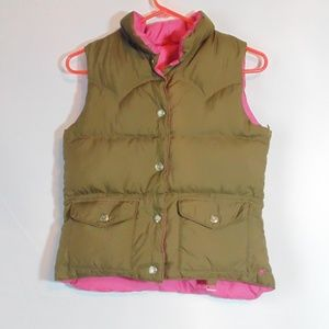 American Eagle Outfitter puffer vest down filling
